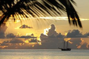 romantic seychelles sunset for honeymooners