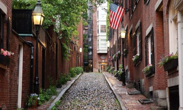 Charming Cities in the USA for a Romantic Getaway