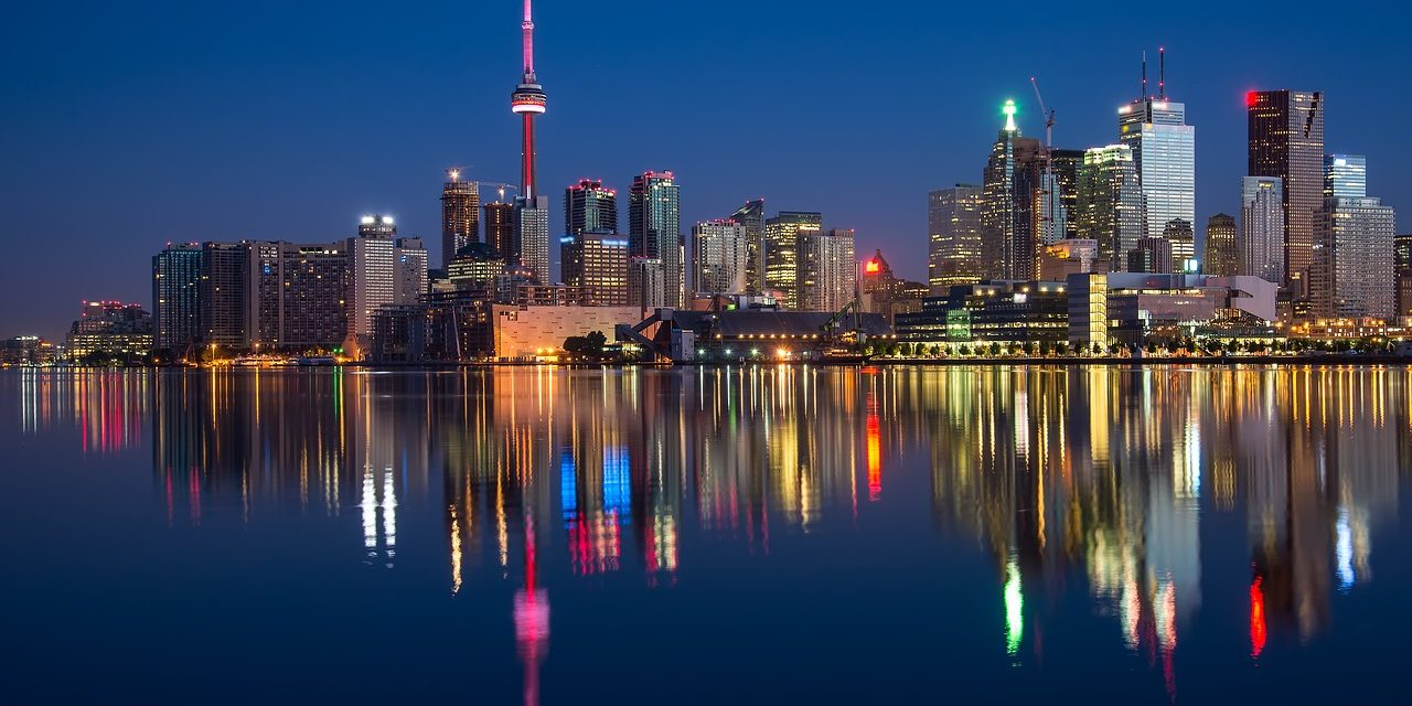 Top 10 Romantic Date Ideas To Try In Toronto
