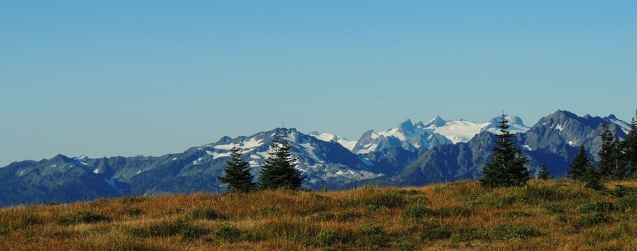 mountain view of washington state for honeymoon views
