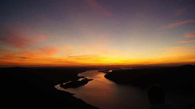 A beautiful Oregonian sunset for honeymooners