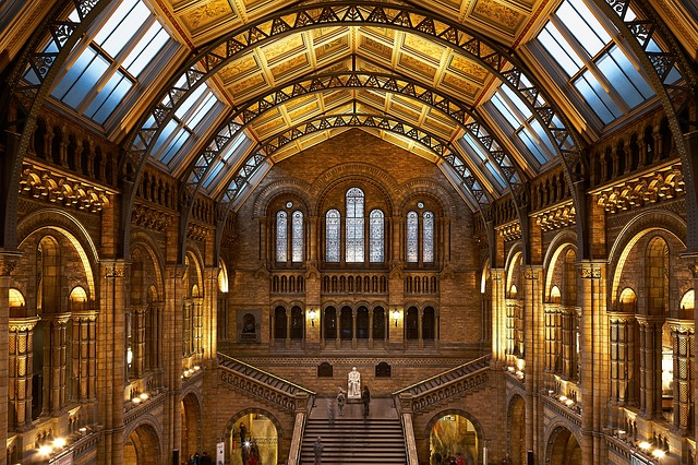 beautiful cathedrals in London that are perfect for honeymooners