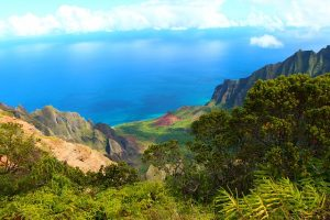 kauaian ocean for honeymooners to explore