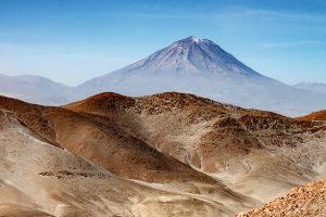 beautiful sandy peru mountains