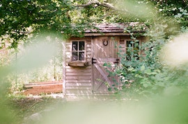 Honeymoon Cabins