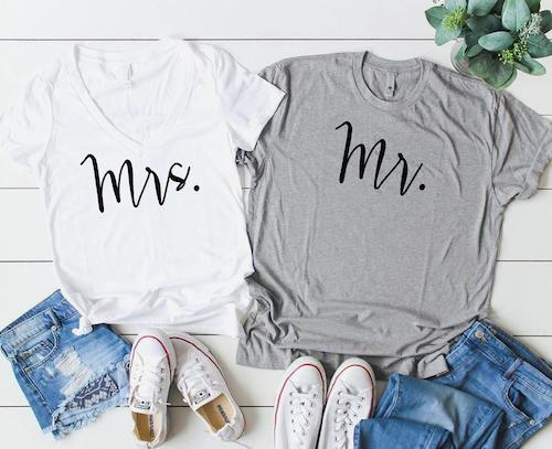 This image has an empty alt attribute; its file name is 5-Mr-Mrs-Couples-Shirts.jpg