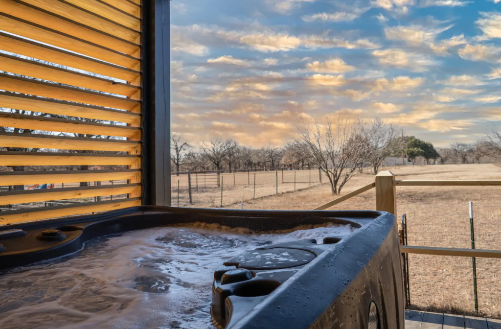 cabin hot tub with views