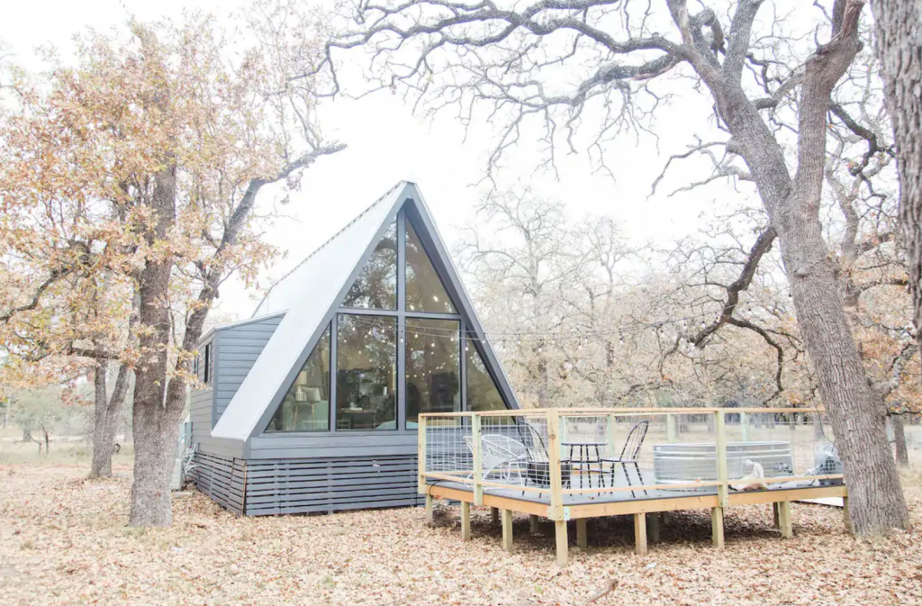 A frame cabin in Fredericksburg cabin with deck