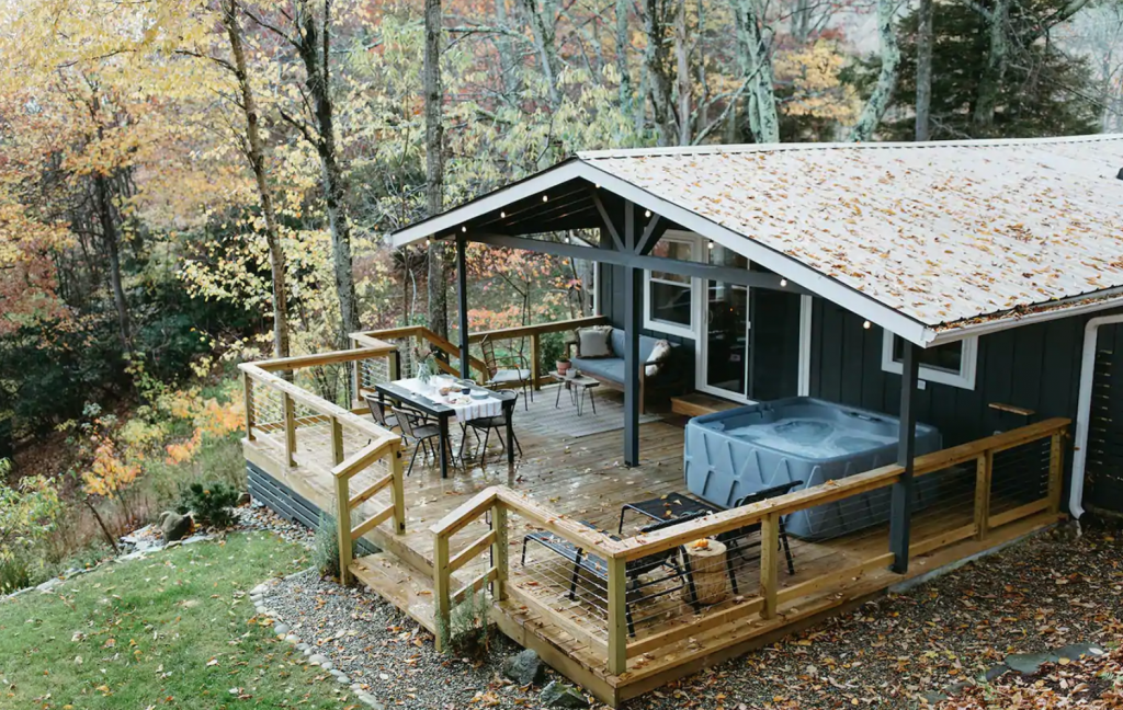 The Hillside House cabin 30 Minutes From Boone