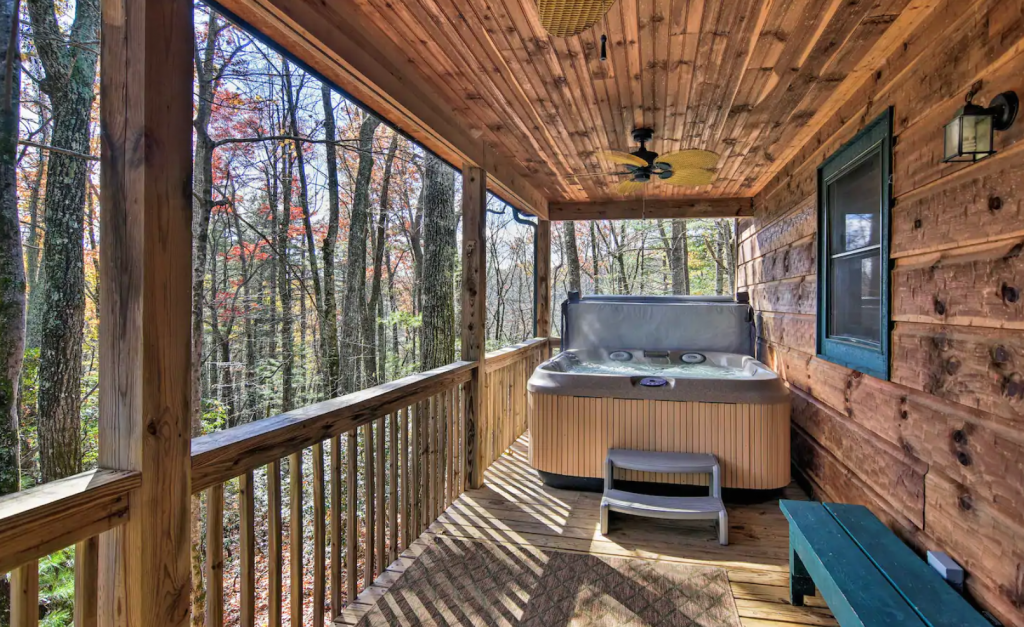 Cabin hot tub on porch
